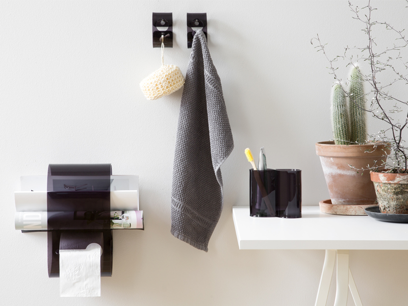 SHOP THE LOOK-SMOKE BATHROOM