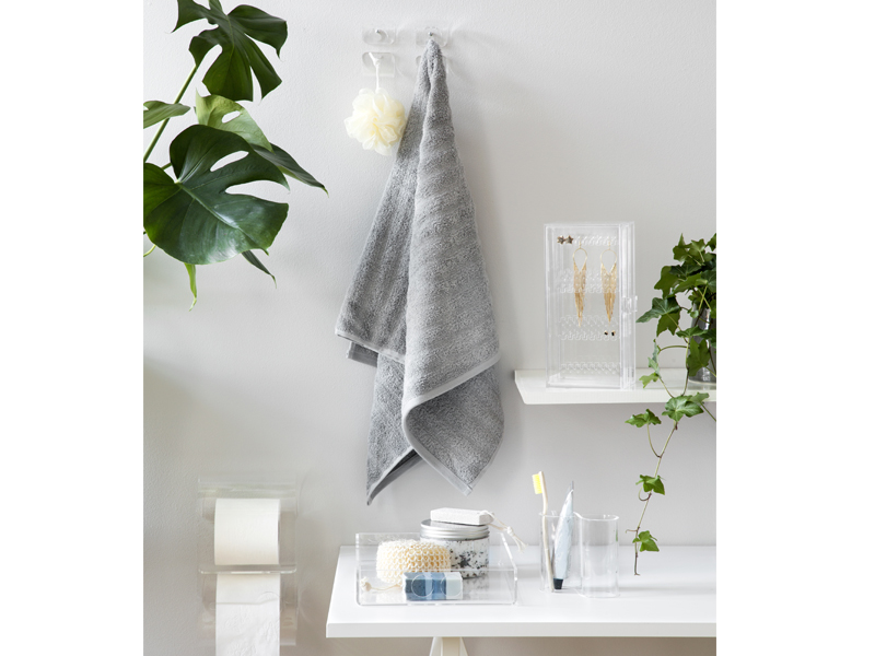 SHOP THE LOOK - CLEAR BATHROOM